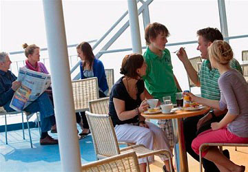 brittany_ferries_cap_finistere_eating_on_the_deck