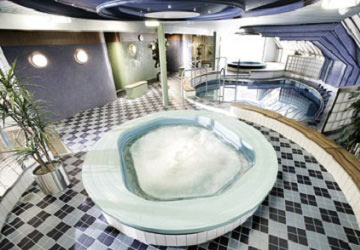 dfds_seaways_crown_seaways_inside_jacuzzi